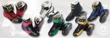 Schuhe FIA