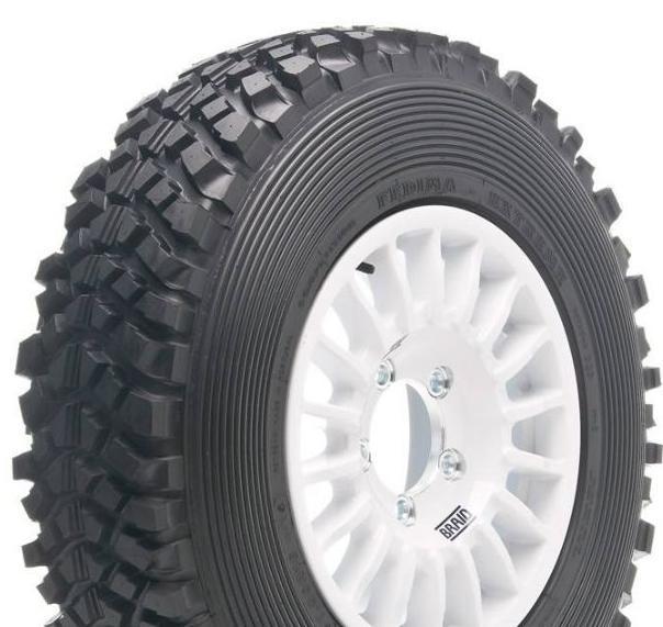 4 Reifen Fedima F/N 215/45R17 premium